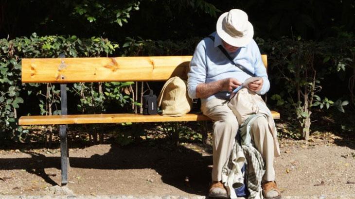 Vodič: Koji mobitel kupiti za starije osobe