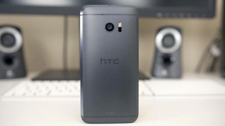 Prve glasine o HTC 11: Stiže veći ekran s zakrivljenim rubovima?