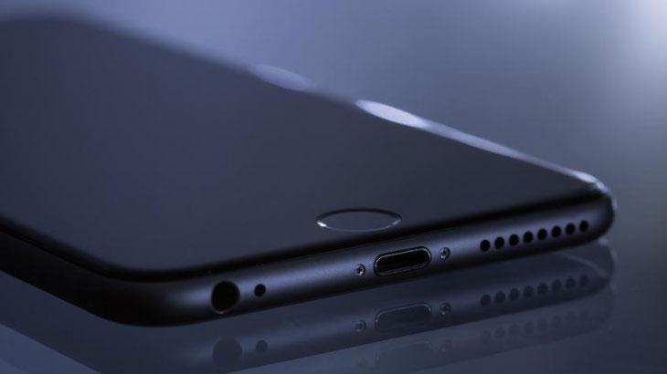 Glasine: iPhone 8 dobiva zakrivljeni AMOLED ekran i bežično punjenje
